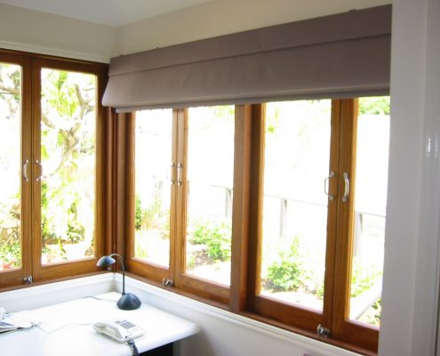 Gray roman blinds | Ublinds