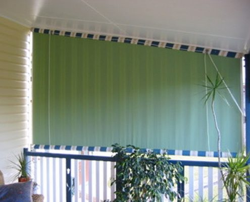 Straight-drop-awnings   Ublinds